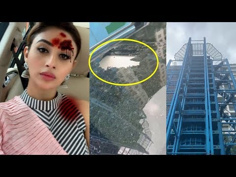 Mouni Roy Car Accident - Huge Rock Falls From Mumbai Metro Construction Site Mp3