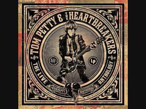 Tom Petty- Refugee (Live)