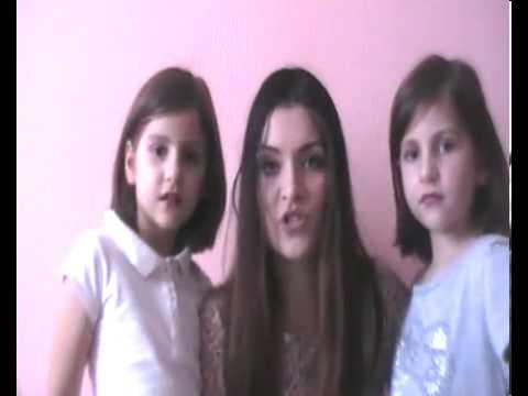 Adelina & Sisters - Mos Craciun ... esti nebun ( by Mihai Traistariu )