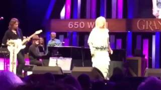 "Tanya Tucker ""Texas When I Die"" At The Opry"