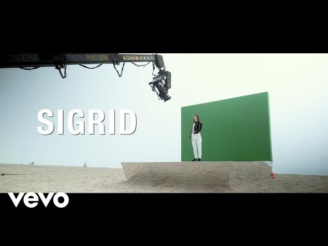 Sigrid - Don't Kill My Vibe (Behind The Scenes)