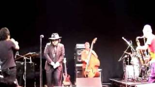 2008 11 01 ebisu garden hall MEDESKI MARTIN & WOOD(from NY) メデ...