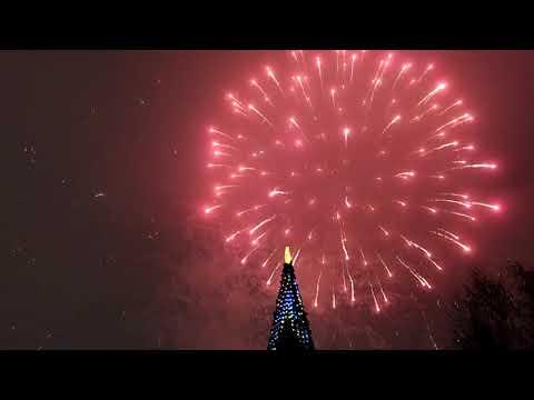 """Новогодний салют 31.12.2019 в парке """"Чебурашка"""" в Елабуге"""