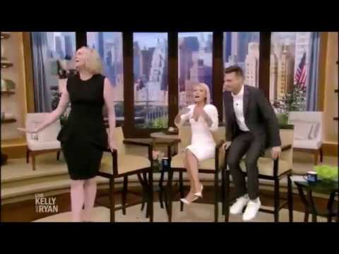 FUNNY! Gwendoline Christie Brienne Phasma Lyme & the  in the restroom Game of Thrones Star Wars