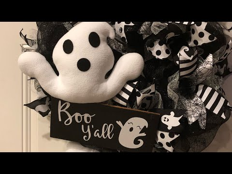 How to make a Poof Boo Yall ghost Halloween wreath Black and white