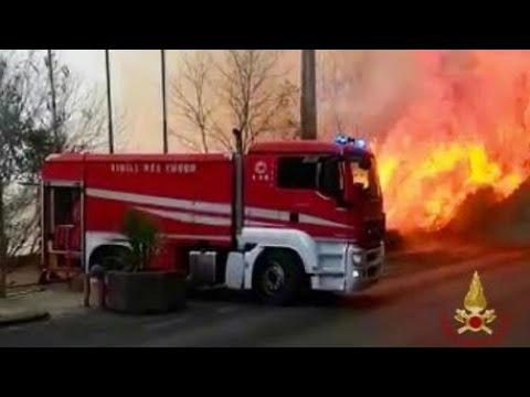 29 luglio 2021, Catania brucia! Numerosi gli incendi. Completamente distrutto il Lido Le Capannine.