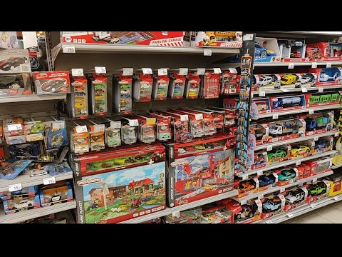 Peg Hunting In Europe Part 26! 📽️ Majorette Racing Cars Limited Edition Vintage Deluxe! 🤩👌🏻
