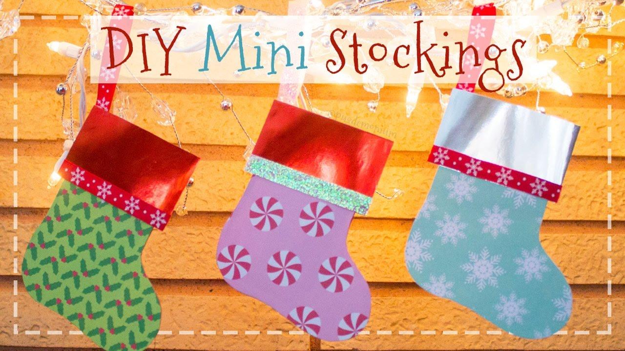 Christmas Stockings Diy.Diy Mini Paper Stockings Gift Card Holders