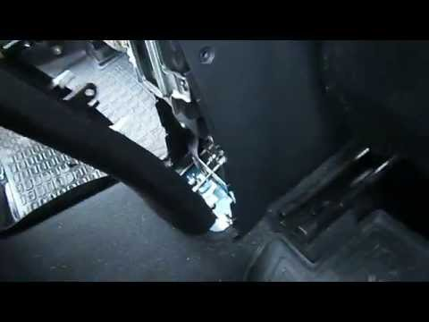 Hyundai Solaris подтяжка ручника.