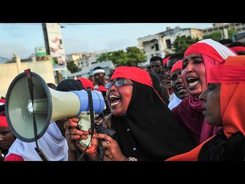 Somali police fire live bullets at anti al-Shabaab protesters in Mogadishu