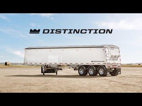 Distinction Tri-Axle