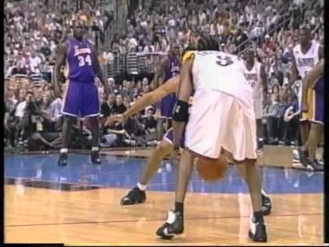 Shaq 30 pts, Kobe 31 pts vs Iverson 35 pts, nba finals 2001, lakers vs 76ers game3