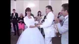 ТАМАДА НА СВАДЬБУ СПБ, ведущий свадеб . Встреча молодоженов без каравая.