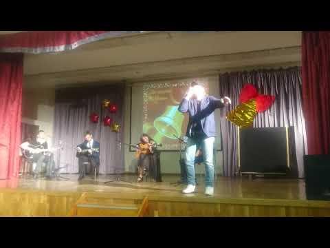 """Артур Беркут, экс-вокалист Арии,   """"Потерянный рай"""" под аккомпанемент выпускников школы 687!"""