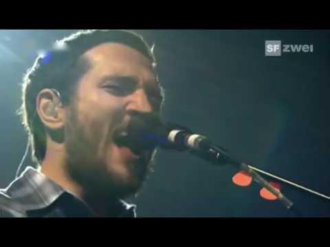 Red Hot Chili Peppers - Dani California [LIVE Brit Awards 2007]