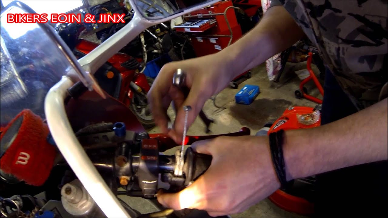 How To Change Throttle Cables On Motorbike Honda Vfr 400 Nc30 Youtube Cbr1000f Wiring
