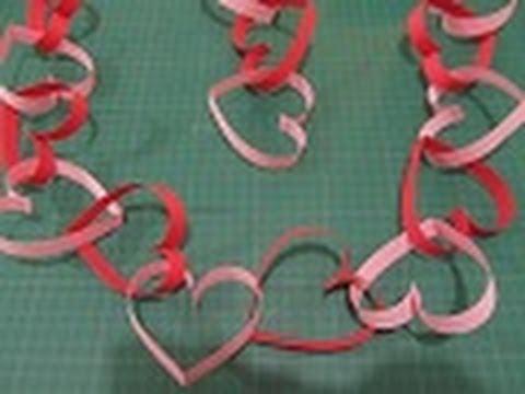 Manualidades para SAN VALENTIN 4: Cadena-guirnalda de CORAZONES (Paper Heart garland))
