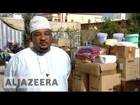 Omanis bring aid to Yemeni borders by trucks