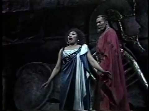 Nile Scene. Aida & Amonasro's Duet - Leontyne Price & Simon Estes (from Verdi's Aida)