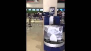 АЭРОПОРТ ВЫЛЕТ ИЗ ПУНТА-КАНА(Что и как в аэропорту Пунта-Кана при вылете. Стойки регистрации, заполнение эмиграционной карты, нормы..., 2015-12-10T20:47:01.000Z)