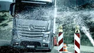 !Official Video! New Mercedes-Benz Actros 2011 [English version, HQ]