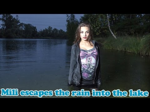 Wetlook - Mili escapes the rain into the lake