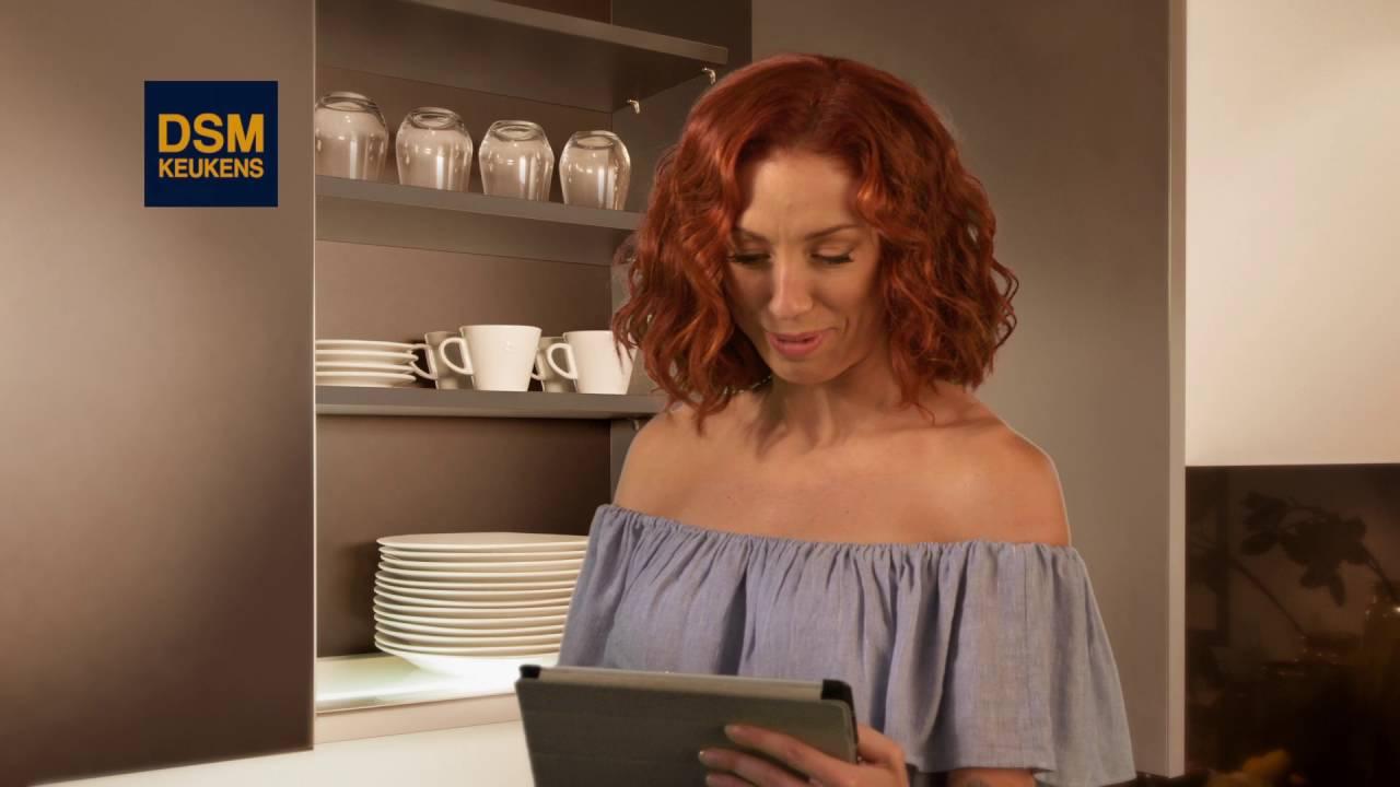 Dsm Keukens Vestigingen : Natalia in DSM Keukens YouTube