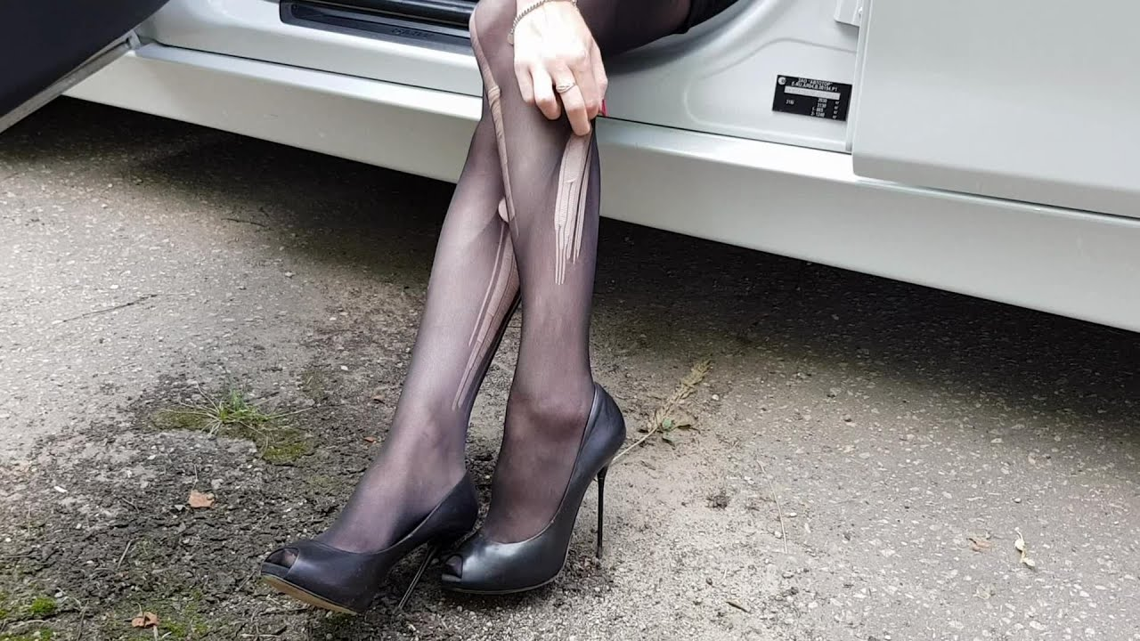 Night lesbian shoeplay in pantyhose girlfriend nude the