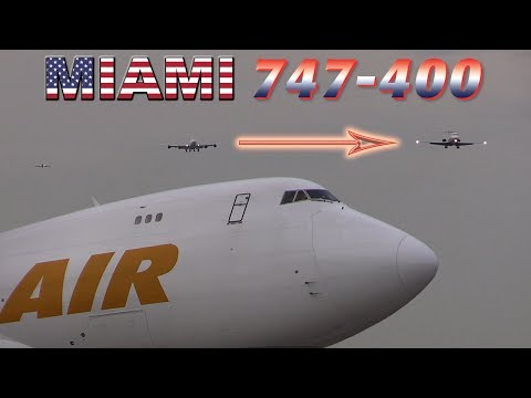 TOO CLOSE for comfort BOEING 747 Goes Around!