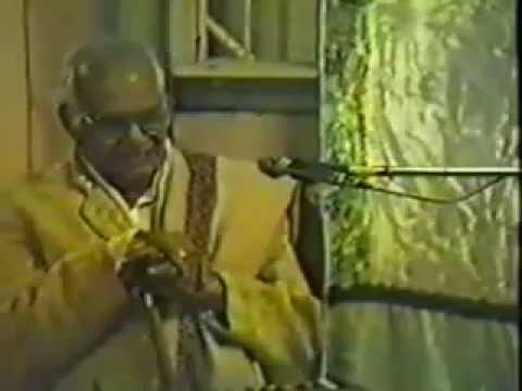 PT.TARANATHJI'S LECTURE DEMONSTRATION AND  HIS TABLA LESSONS TO HIS DISCIPLES IN PUNE,1990.