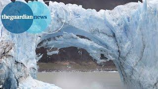 انهيار أجزاء من نهر جليدي في الأرجنتين (فيديو)