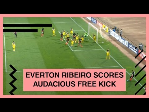 Everton Ribeiro's audacious free-kick