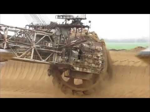 Bucket wheel excavator .