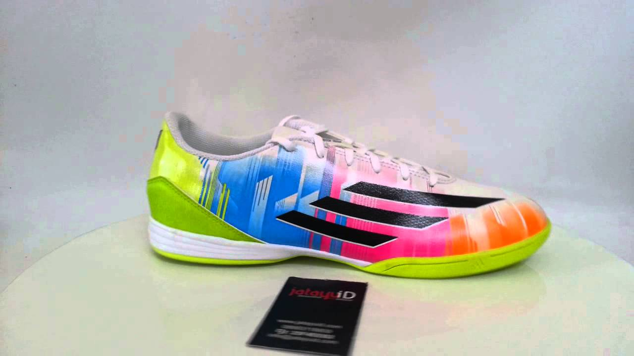 ADIDAS Adizero F10 Messi IN - Running White Black Solar Slime - YouTube fcb8eb0193d4e