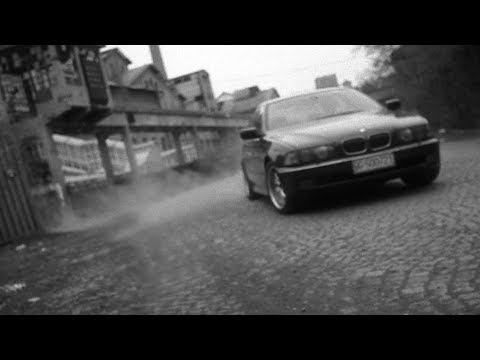 IZLAZ / KRATKI FILM