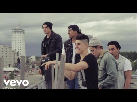 Moorhouse - Somebody Loves You