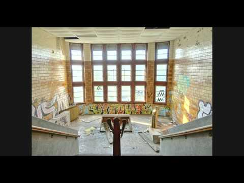 Drone - Abandoned Horace Mann High School Gary Indiana 2019