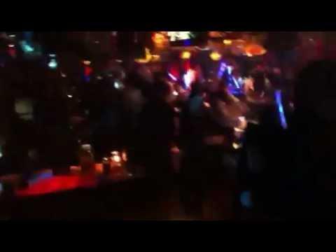 中国 青島(チンタオ)で人気のナイトクラブ 1 (Qingdao Night Club)