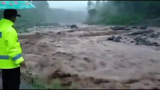 Download Video BANJIR BANDANG ALASMALANG BANYUWANGI 25 NOVEMBER 2018 MP3 3GP MP4