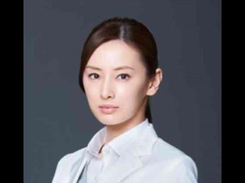 北川景子 連ドラ主演で医師役初挑戦 白衣姿を初披露