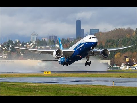 BOEING 787-10 *FIRST FLIGHT* - YouTube