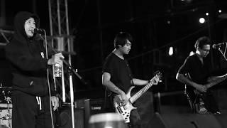 ที่ตรงนี้...มีฉัน - เป๊ก บลูสกาย live at Alternative Festival 2562