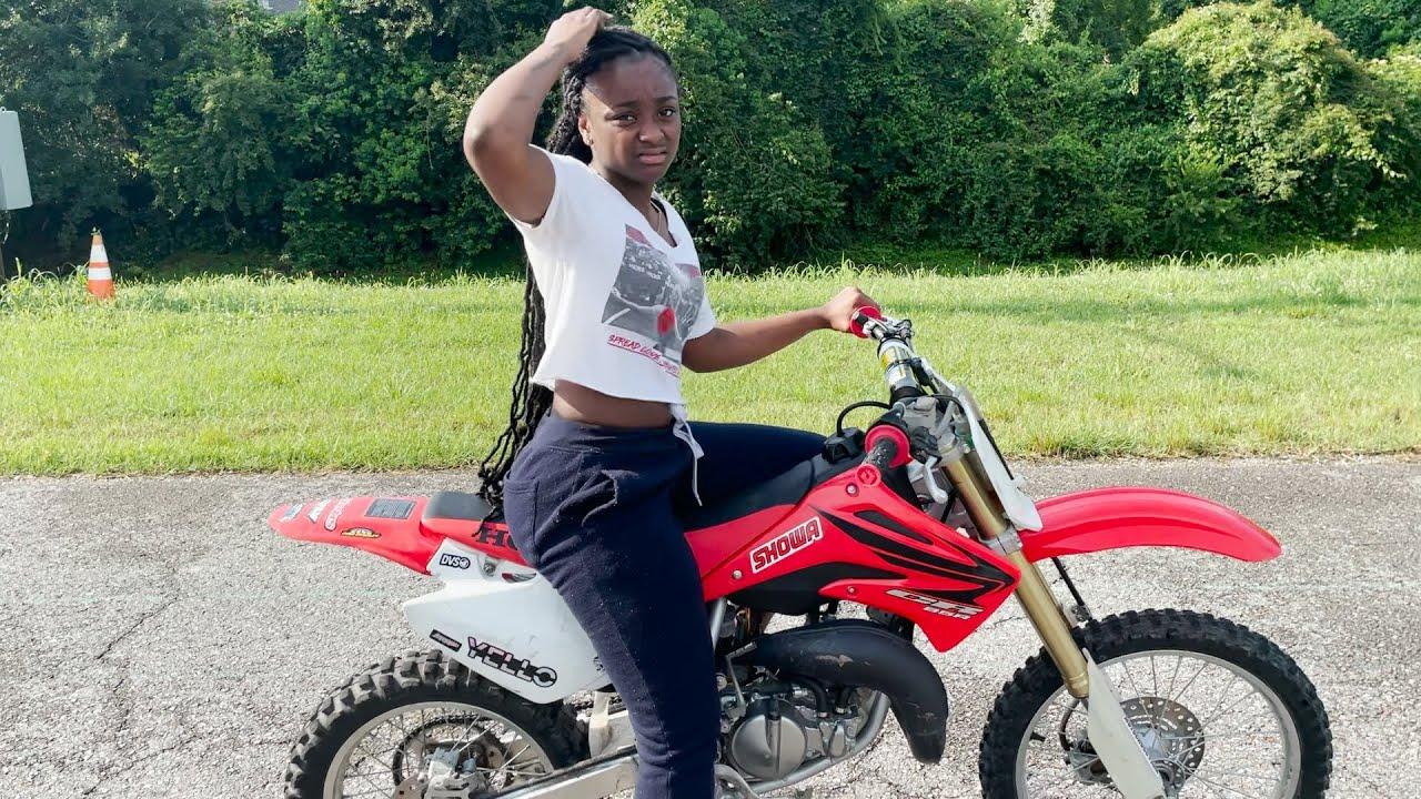 Download She wanted a quad, I gave her a Dirt Bike!