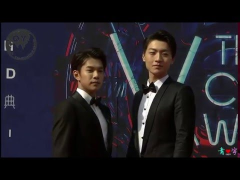 160410 Qingyu at the red carpet and the ceremony of The 4th Vchart Awards [eng sub]