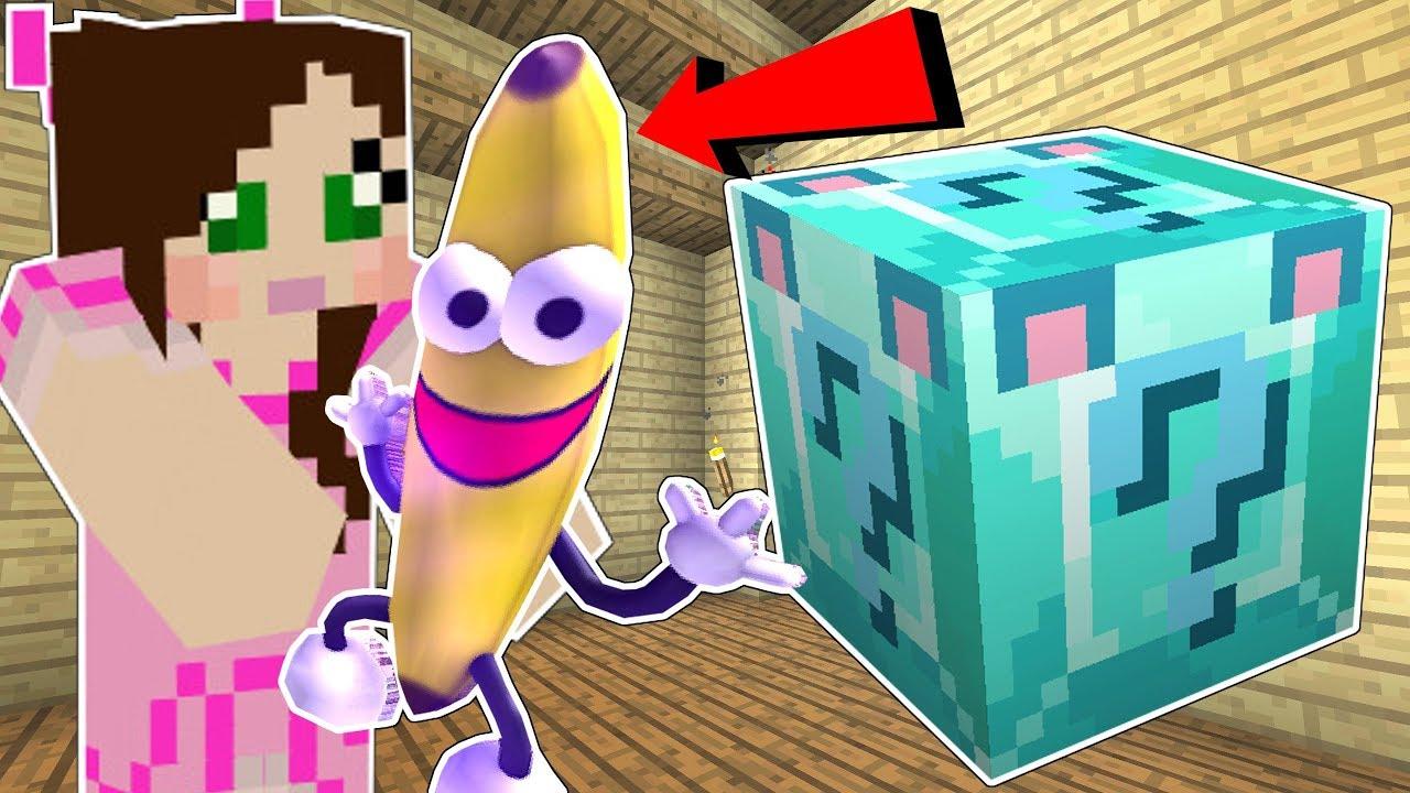Minecraft: DIAMOND WOLF LUCKY BLOCK!!! (BANANA MAN, DISAPPEARING ITEMS, & MORE!) Mod Showcase