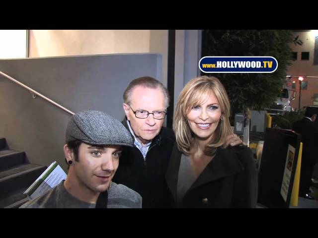 Larry King & Shawn King Met the Fans & Paps With A Cordial Greeting