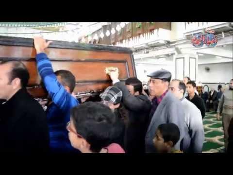 شاهد من مسجد الحصرى جنازة الفنان محمد وفيق وسط غياب الفنانيين