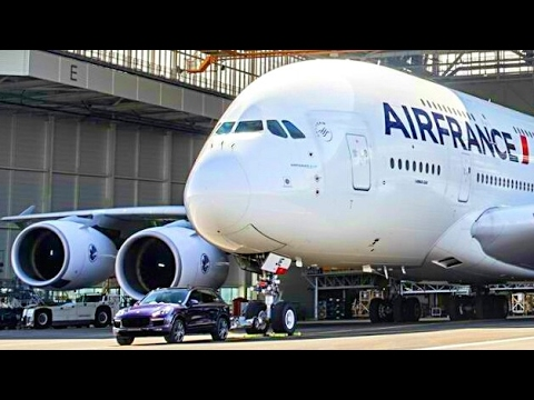 Guinness World Record - Porsche Cayenne Pulled 285 Tons of Air France Aircraft