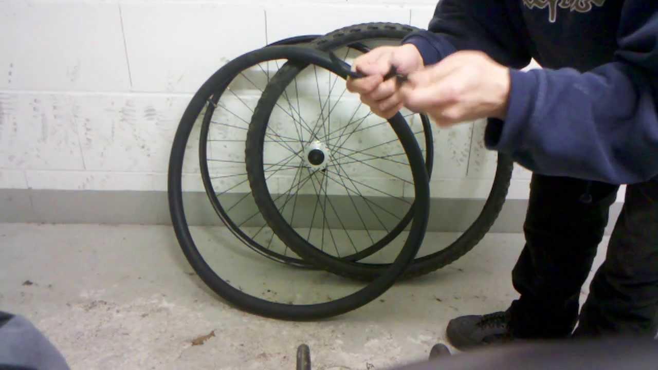 fahrrad reifen montage mantel aufziehen youtube. Black Bedroom Furniture Sets. Home Design Ideas