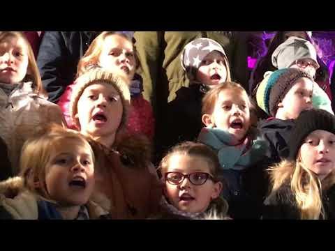 Trierer Theater-Kinderchor singt